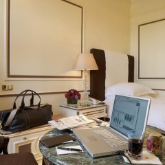 Отель Hassler Roma 5* Стандартный номер с различными типами кроватей фото 6