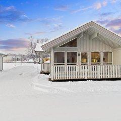 Отель Tromsø Camping Улучшенный коттедж с различными типами кроватей фото 10