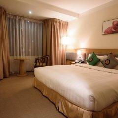 La Casa Hanoi Hotel 4* Улучшенный номер с различными типами кроватей фото 7