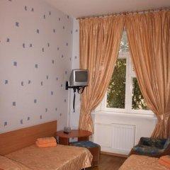Гостиница У Фонтана Стандартный номер с 2 отдельными кроватями фото 3