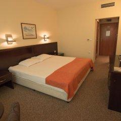 Hotel Divesta сейф в номере