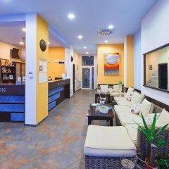 Отель Family Hotel Regata Болгария, Поморие - отзывы, цены и фото номеров - забронировать отель Family Hotel Regata онлайн интерьер отеля