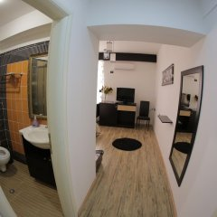 Отель Cocoon Hotel & Lounge Албания, Тирана - отзывы, цены и фото номеров - забронировать отель Cocoon Hotel & Lounge онлайн комната для гостей фото 2