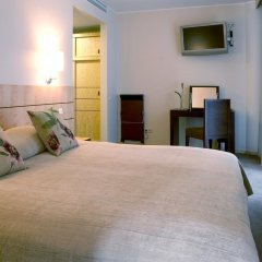 Royal Square Hotel & Suites Рига комната для гостей фото 4