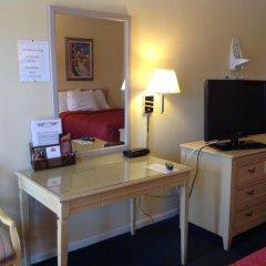 Отель Americas Best Value Inn-Meridian 2* Номер Делюкс с различными типами кроватей фото 2