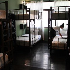 Niras Bankoc Cultural Hostel Кровать в общем номере с двухъярусной кроватью фото 9
