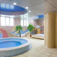 Отель Золотой Дракон Кыргызстан, Бишкек - 9 отзывов об отеле, цены и фото номеров - забронировать отель Золотой Дракон онлайн бассейн фото 3