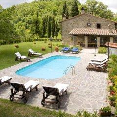 Отель Podere Il Castello Ареццо бассейн фото 2