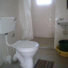 Отель Africana Yard ванная фото 2