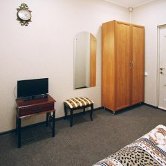 Гостиница Планета Плюс 3* Стандартный семейный номер с двуспальной кроватью фото 4