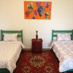 Отель Tegheniq Guesthouse Сагмосаван комната для гостей фото 2