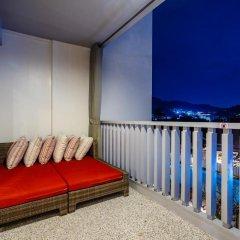 Отель Ramada by Wyndham Phuket Deevana Patong Номер Делюкс с двуспальной кроватью фото 15