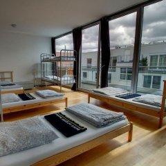 Heart of Gold Hostel Berlin Кровать в общем номере с двухъярусной кроватью фото 4