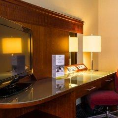 Отель Courtyard by Marriott Warsaw Airport 4* Номер Делюкс с различными типами кроватей фото 6
