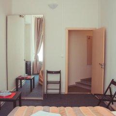 Гостиница Александр 3* Стандартный семейный номер с двуспальной кроватью фото 2