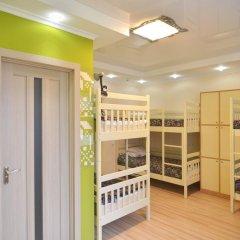 Hostel Veselka - Key2Gates Кровать в женском общем номере с двухъярусной кроватью фото 4