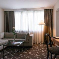 Отель Crowne Plaza Paris - Neuilly 4* Стандартный номер с различными типами кроватей