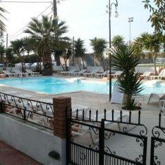 Отель Miranta Греция, Эгина - 1 отзыв об отеле, цены и фото номеров - забронировать отель Miranta онлайн бассейн фото 2