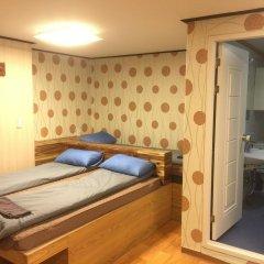Отель Bong House Стандартный семейный номер с двуспальной кроватью фото 4