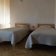 Отель Werb Airport Guest House Стандартный номер с 2 отдельными кроватями фото 4