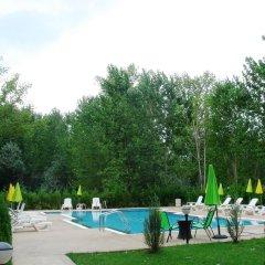 Апартаменты VIP Park Holiday Apartments Солнечный берег бассейн