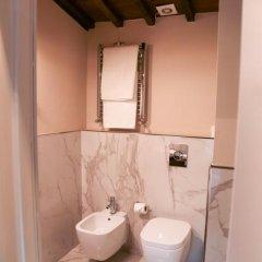 Отель Home Boutique Santa Maria Novella 3* Представительский номер с различными типами кроватей фото 17