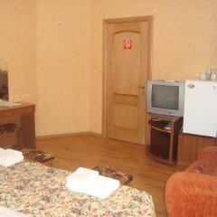 Гостиница Нева Стандартный номер с различными типами кроватей (общая ванная комната)