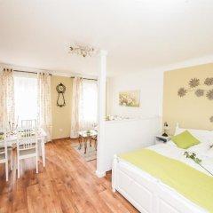 Апартаменты Traditional Apartments Vienna TAV - Entire комната для гостей фото 4