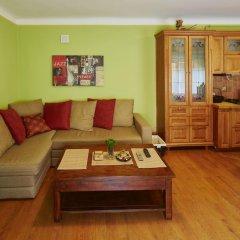 Гостиница LvivHouse - Rynok Square appartment комната для гостей фото 2