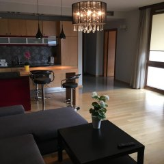 Отель Anton Panorama Apartments Польша, Варшава - отзывы, цены и фото номеров - забронировать отель Anton Panorama Apartments онлайн гостиничный бар