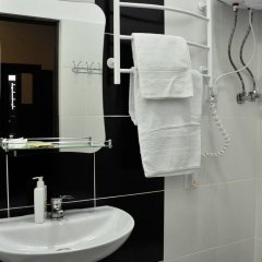 Гостиница Skarbek's Украина, Львов - отзывы, цены и фото номеров - забронировать гостиницу Skarbek's онлайн ванная