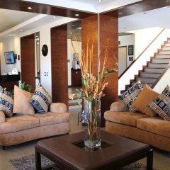 Отель Best Western Cumbres Inn Cd. Cuauhtémoc интерьер отеля