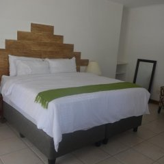 Отель Zanville Bed And Breakfast Габороне комната для гостей фото 3