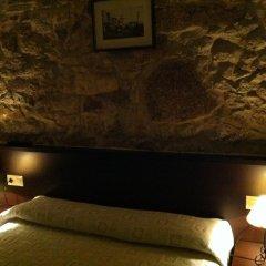 Отель Hostal Hotil Стандартный номер с двуспальной кроватью