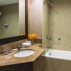 Отель Four Points by Sheraton Sheikh Zayed Road, Dubai Полулюкс с различными типами кроватей