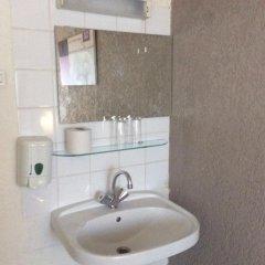 Budget Hotel Barbacan 2* Номер с общей ванной комнатой с различными типами кроватей (общая ванная комната) фото 2