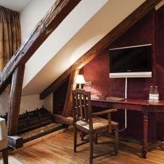 Hotel Hellsten 4* Улучшенный номер с двуспальной кроватью фото 5