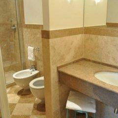 Отель B&B Relais Tiffany 3* Стандартный номер с различными типами кроватей фото 12