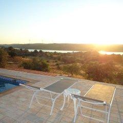 Отель Casa da Paz бассейн