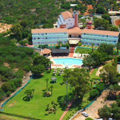 Отель Adelais Bay Протарас бассейн