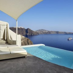 Mystique, a Luxury Collection Hotel, Santorini 5* Вилла с различными типами кроватей фото 4