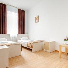 Гостиница Исаевский 3* Номер Эконом с разными типами кроватей (общая ванная комната)