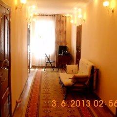 Отель Guest House NUR Кыргызстан, Каракол - отзывы, цены и фото номеров - забронировать отель Guest House NUR онлайн комната для гостей фото 5