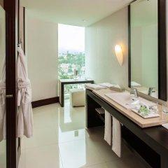 Отель NH Collection Guadalajara Providencia 4* Улучшенный номер с различными типами кроватей фото 5
