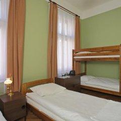 Enigma Hotel Apartments 2* Кровать в общем номере фото 3