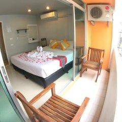Отель The Room Patong 2* Номер Делюкс с различными типами кроватей фото 10