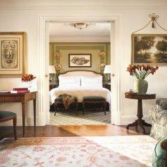 Four Seasons Hotel Firenze 5* Представительский люкс с различными типами кроватей фото 14