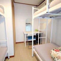 Отель Cheongdam Guest House 2* Кровать в женском общем номере с двухъярусной кроватью