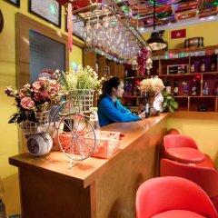 Отель Halong Party Hostel Вьетнам, Халонг - отзывы, цены и фото номеров - забронировать отель Halong Party Hostel онлайн гостиничный бар
