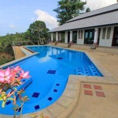 Отель Lilou Самуи бассейн